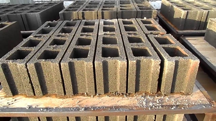 Cement Brick Making Machine - concrete brick