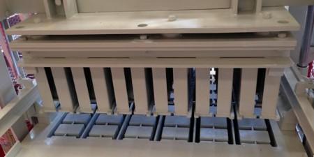 The Laying Block Machine (2)-min